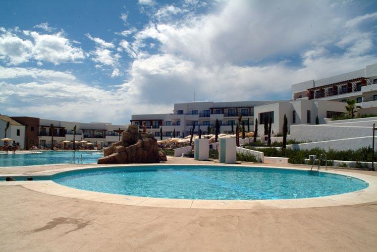 Julipool sl galeria piscinas 32 piscinas sevilla - Construccion de piscinas en sevilla ...