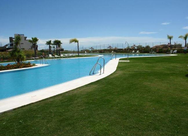 mejores empresas mantenimiento de piscinas sevilla